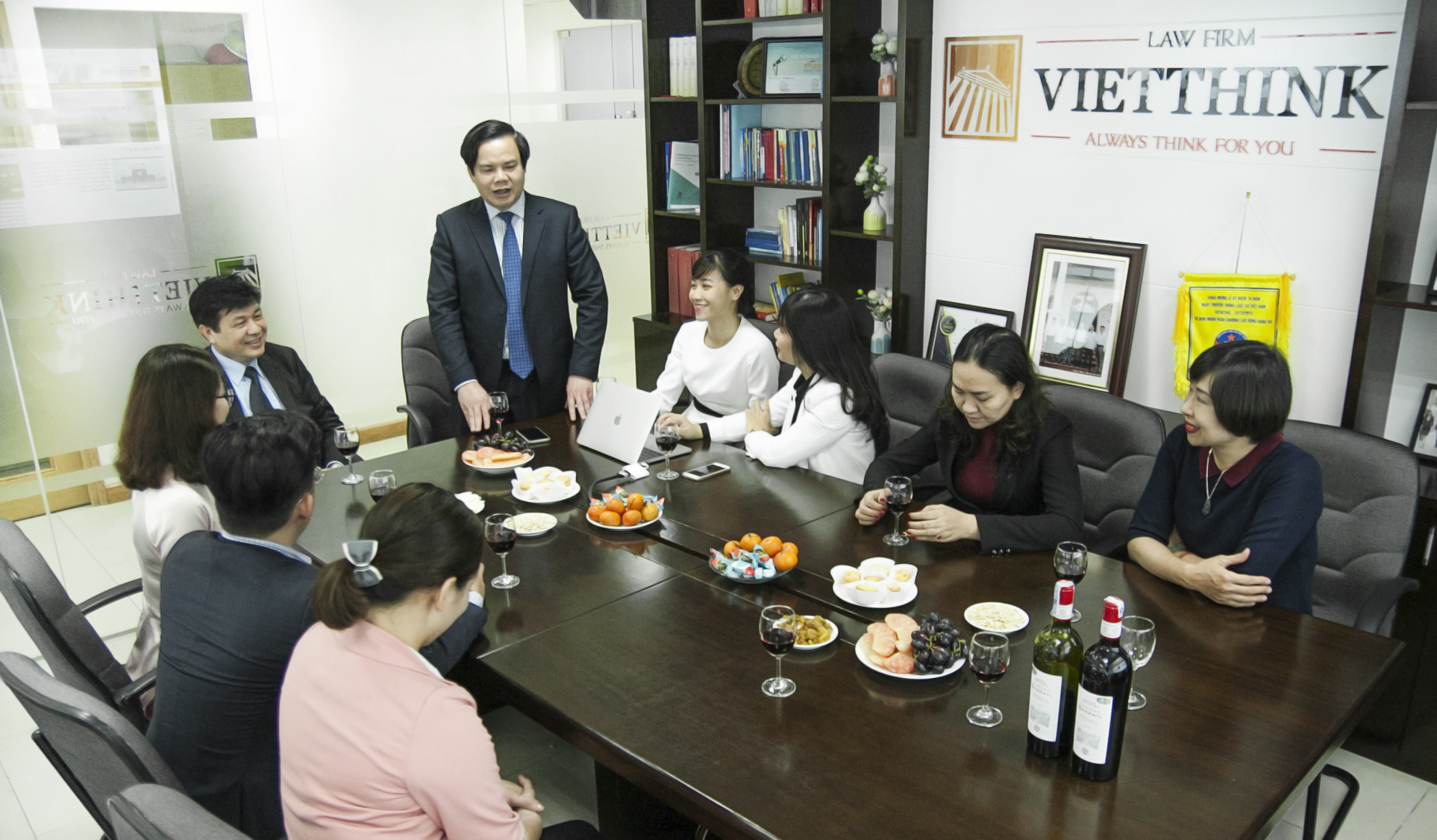 Chairman Of Vietnam Bar Federation Visited And Conveyed New Year